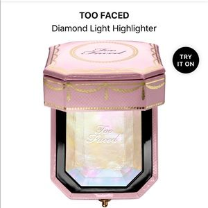 New Diamond Light Highlighter - Too Faced
